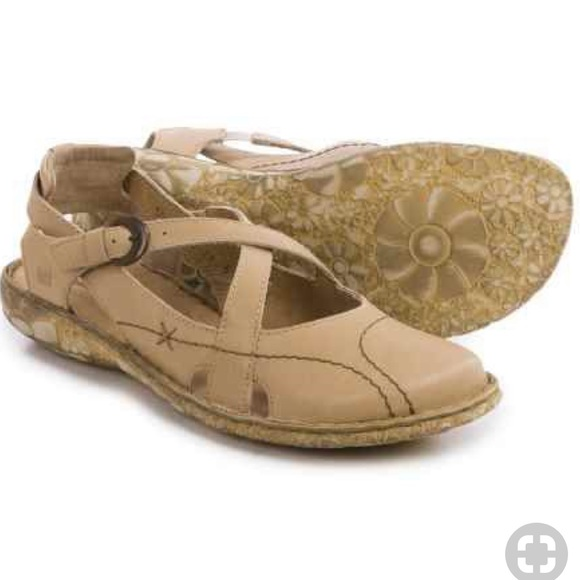 look good shoes sale new york for whole family Josef Seibel Sunflower Shoes Slip-Ons in Crème 💕
